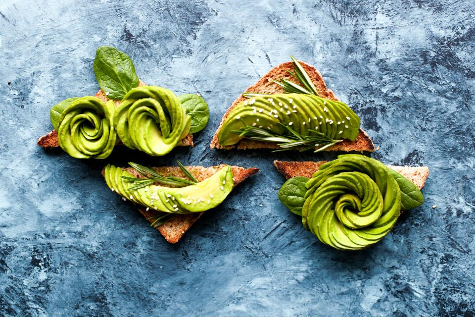 avocado fruit food green leaf dessert toasted bread restaurant garnish presentation culinary art