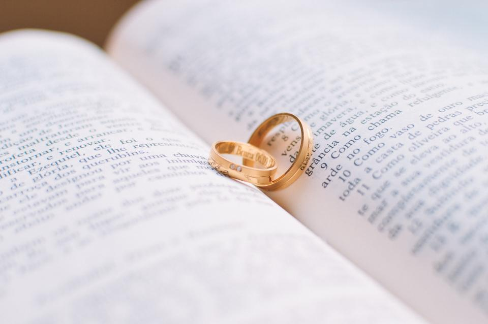 book reading gold rings