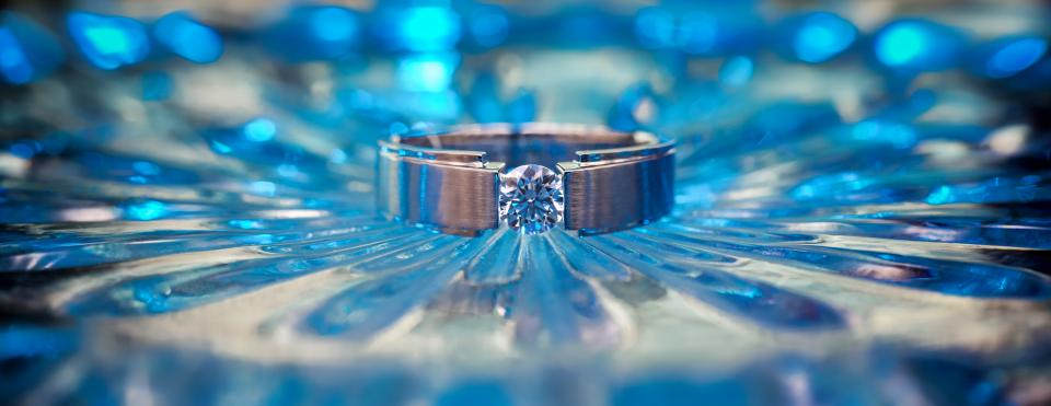 still items things jewelry engagement diamond silver bokeh gradient blue