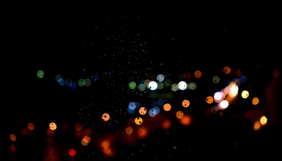 dark night bokeh lights