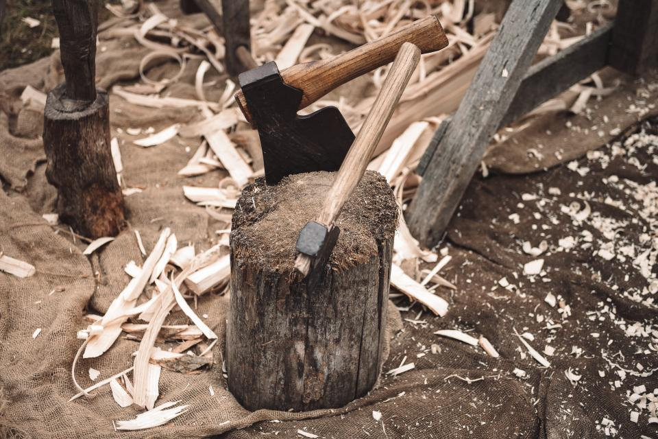 wood construction build log axe