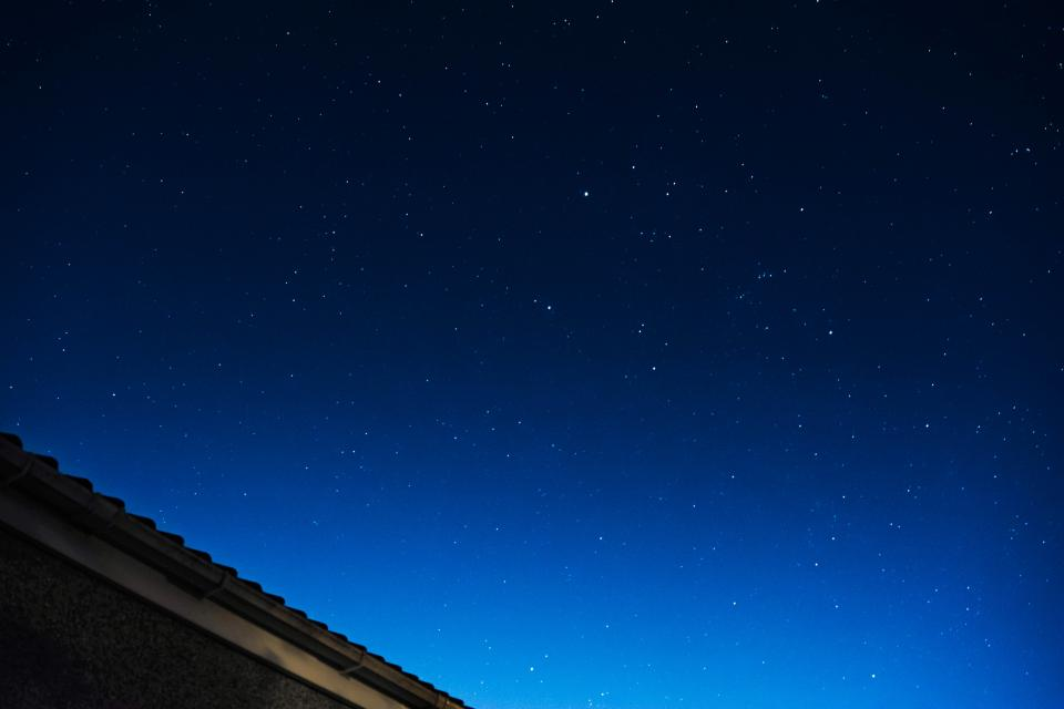 dark night sky blue stars roof