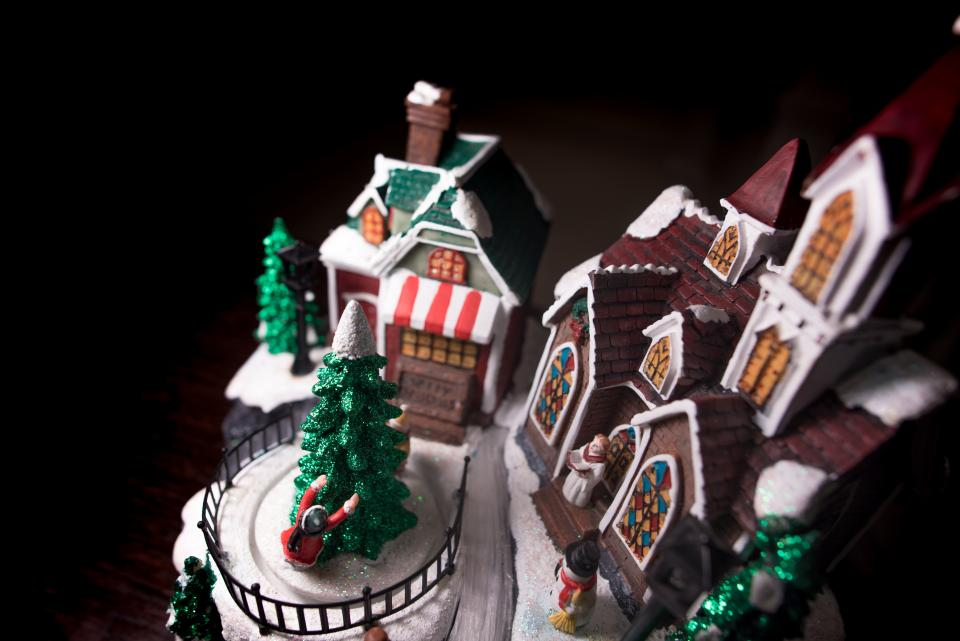 gingerbread house toy display christmas tree decoration