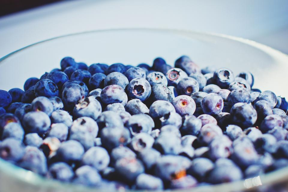 blueberries fruits bowl healthy food