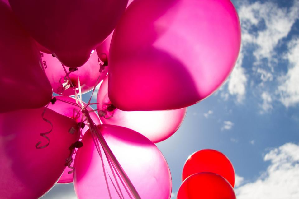 balloon colorful red pink blue sky cloud sunny day party
