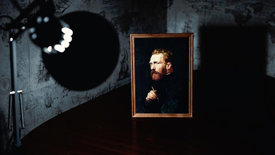 lamp light spotlight art picture frame vincent van gogh shadow