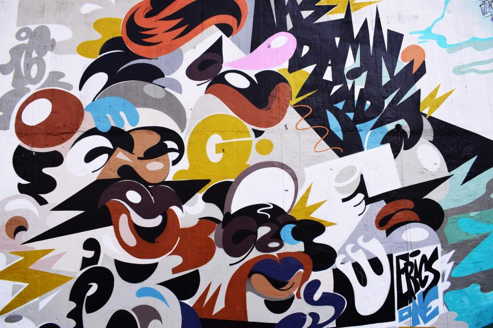 wall art mural painting graffiti