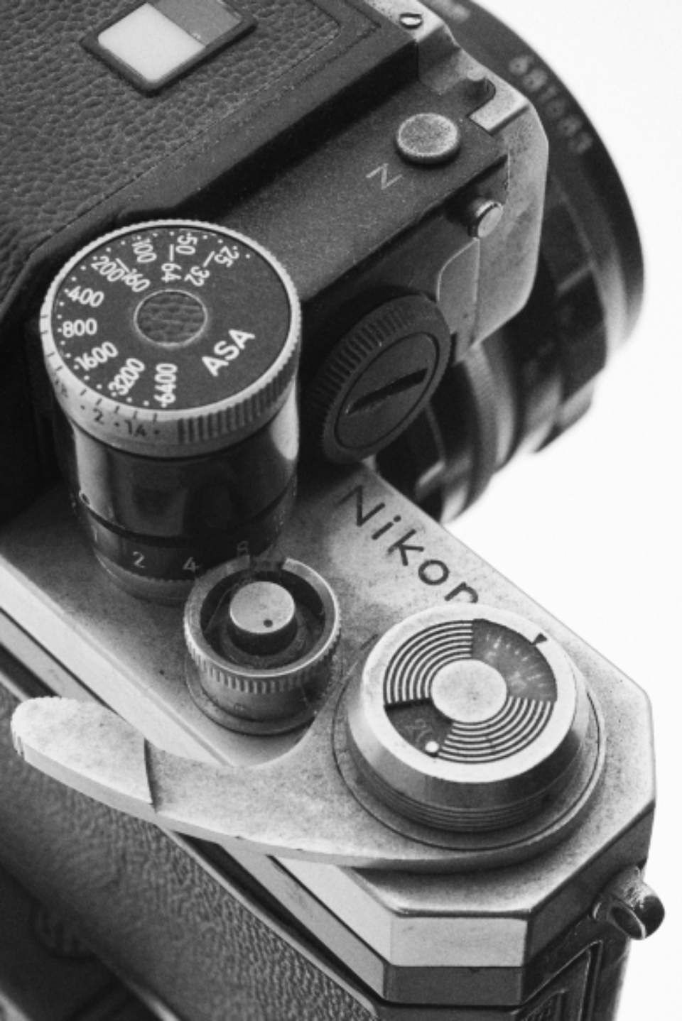 classic camera vintage photography photographer hobby professional retro film slr monochromatic view close up top buttons lens gear