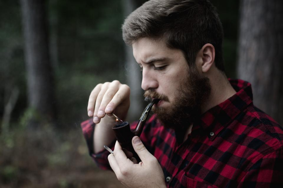 people man guy smoking pipe blur outdoor