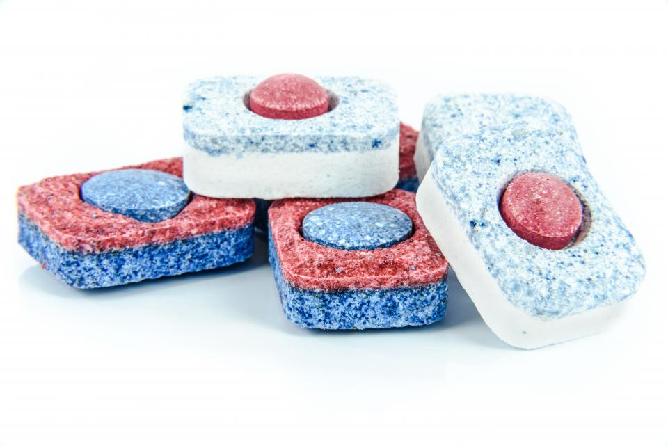 blue dishwasher tablets