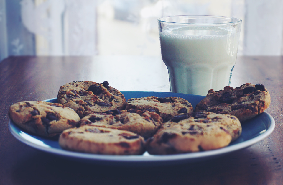 cookies chocolate chip cookies chocolate food milk drink drinks glass