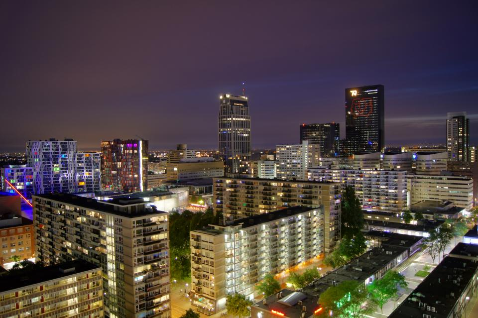 Rotterdam cityscape night long exposure buildings architecture sky