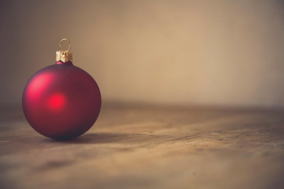 red christmas ball decoration ornament