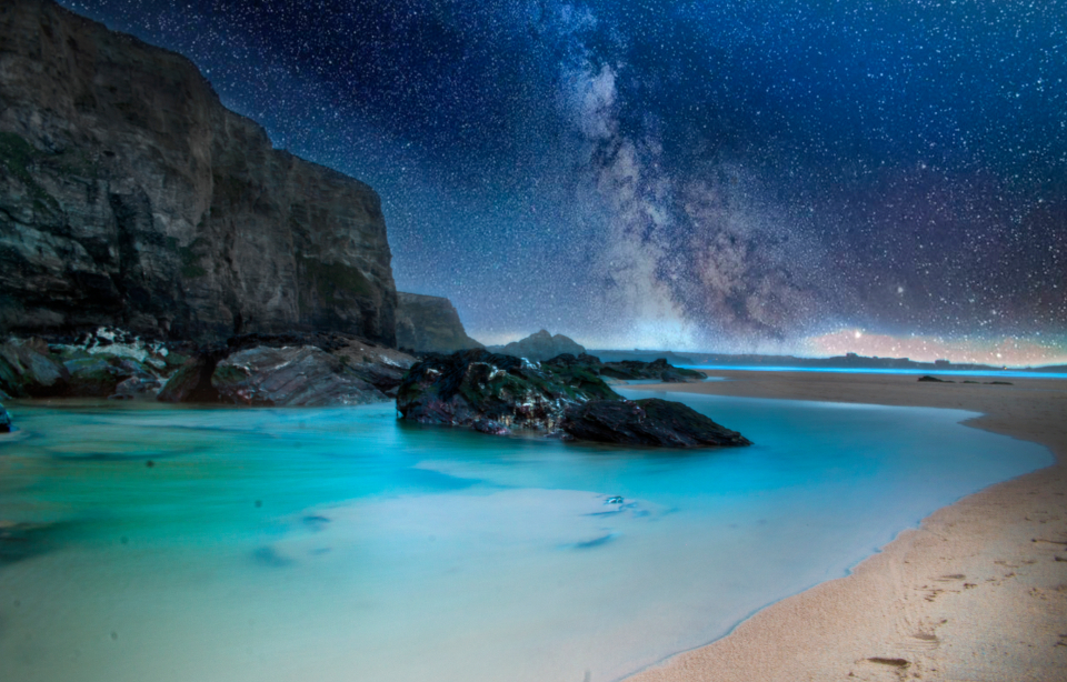 water pool stars night astronomy beach coast constellation dusk mountain cliff island landscape milky way night sky sea ocean sand sun rockface