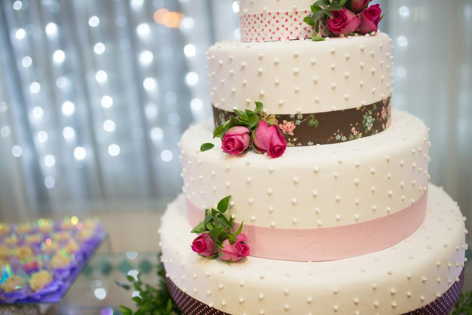 cake food sweets dessert rose icing restaurant wedding party