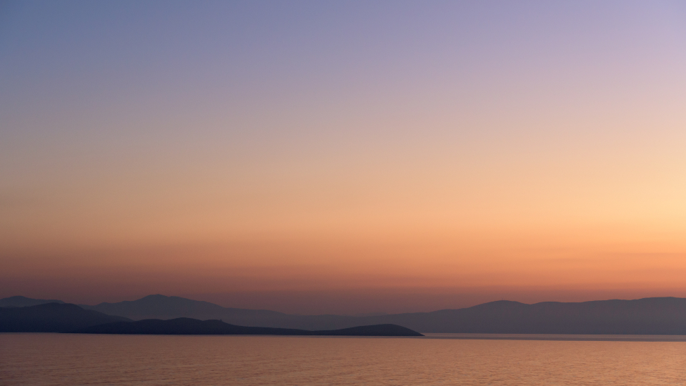 ocean pastel sunset mountains landscape nature outdoors beautiful hd wallpaper sky gradient water silhouette dusk