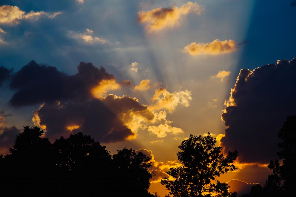 sun rays sunset dusk clouds sky silhouette shadow nature trees