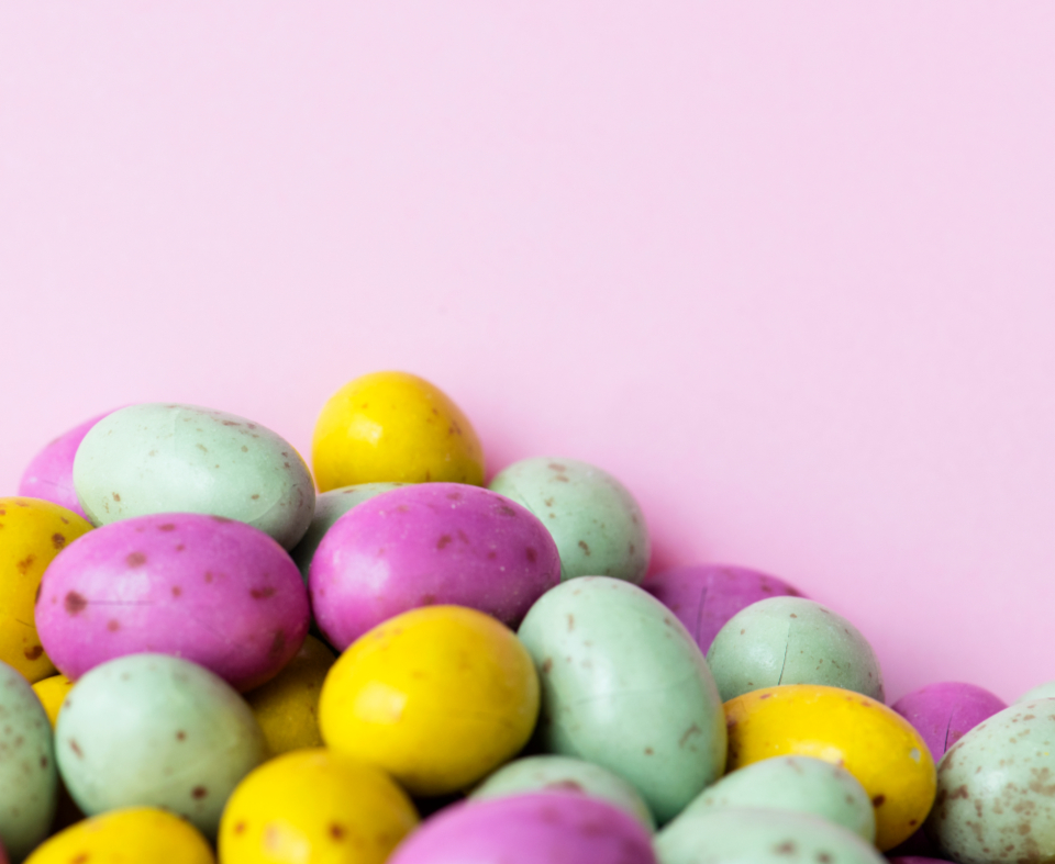 background ball bean bonbon candy candy background chocolate chocolate egg closeup cocoa color colored colorful colorful bean colors candy confectionery copy space decoration delicious design space diverse easter egg flavor food