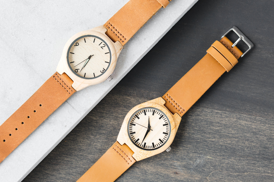 wood watch time wristwatch objects close up flat lay top woodgrain texture leather craftsmanship minutes hours seconds accessory fashion stylish classy simple minimal analog clock retro vintage table