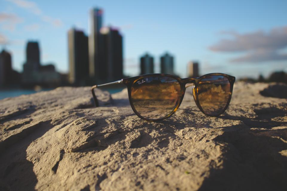 ray-ban eyewear sunglasses fashion rocks sunlight sunny building sky