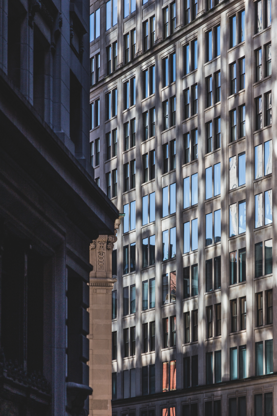 city building pattern abstract structure architecture business windows modern design glass window reflection