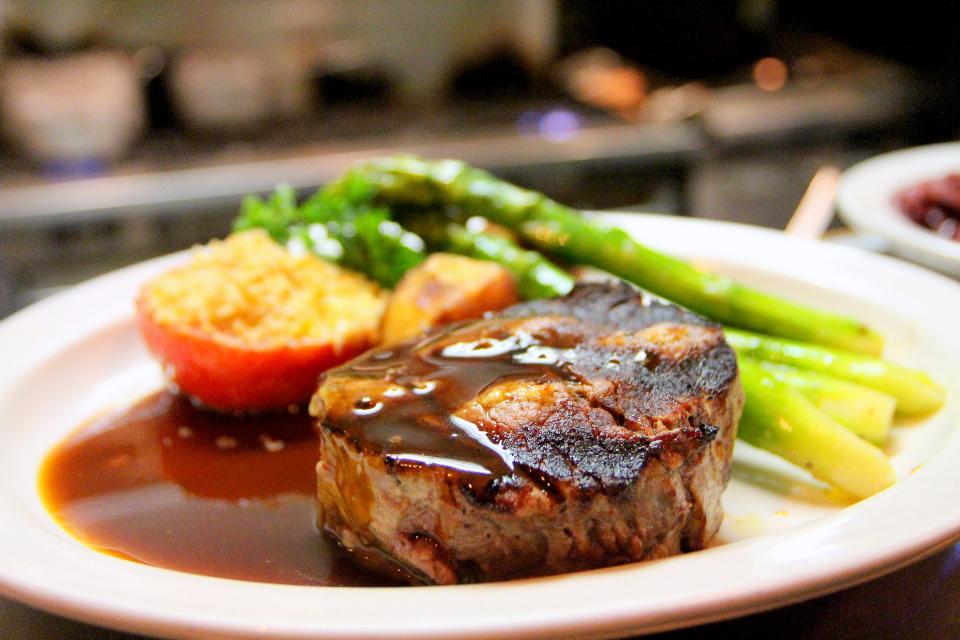 steak asparagus barbecue bbq beef close-up cooking food delicious dinner dish grill grilled hot lunch meal meat nutrition pepper plate pork restaurant salad sauce steak tasty tomatoes vegetable vegetables yummy
