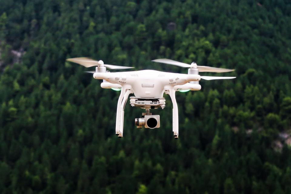 drone camera aerial photography videography wedding videos green dji phantom