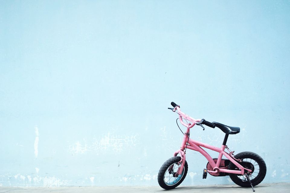 minimal wall blue bike child girl pink simple