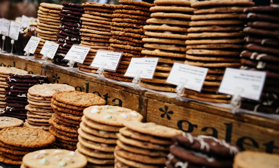 bake biscuits cookies baking cooking cook food dessert sweets brown market sell vendor