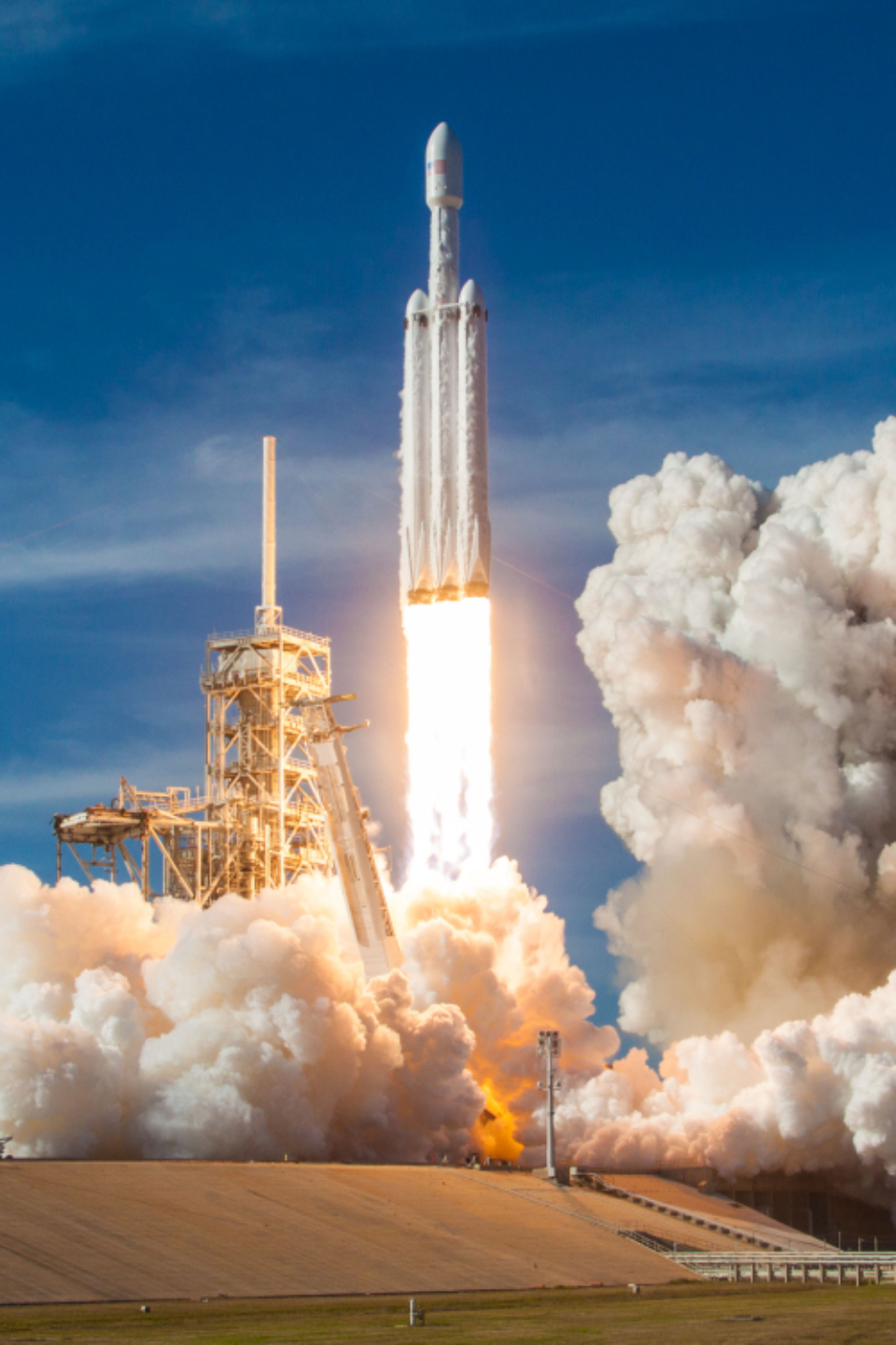 space rocket liftoff launch fire flame smoke spaceship travel voyage journey adventure explore exploration spacex science technology advanced fly flight flying speed power