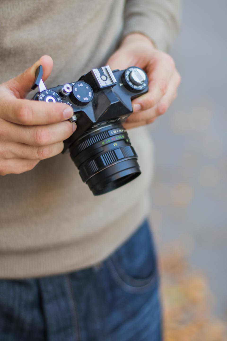 camera dslr black photography people man photographer blur