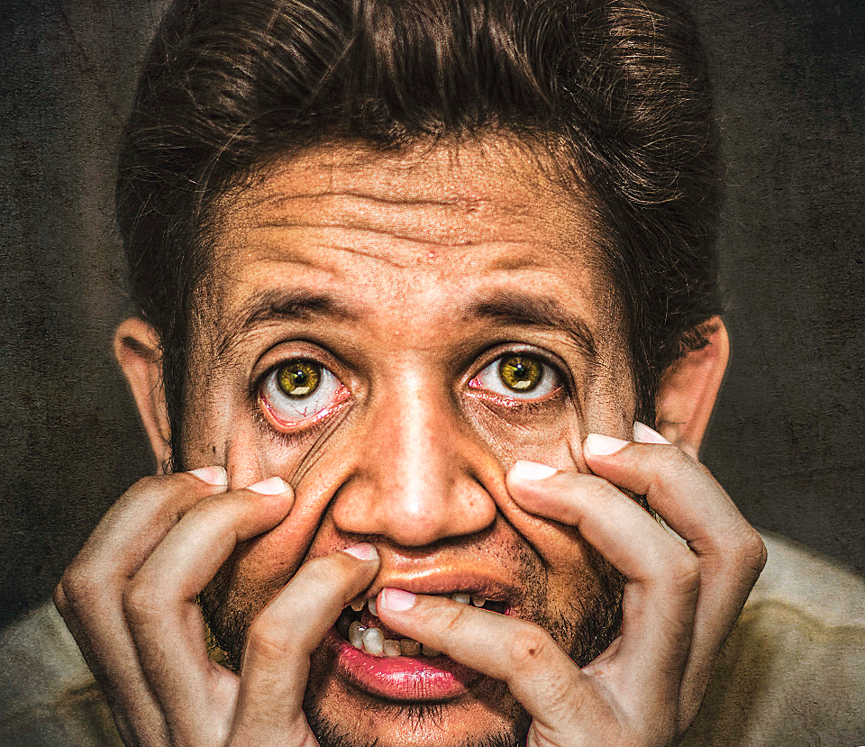 frantic eyes sharp eyes portrait boy scare scary sparkling eyes man scared frustrated hdr hands