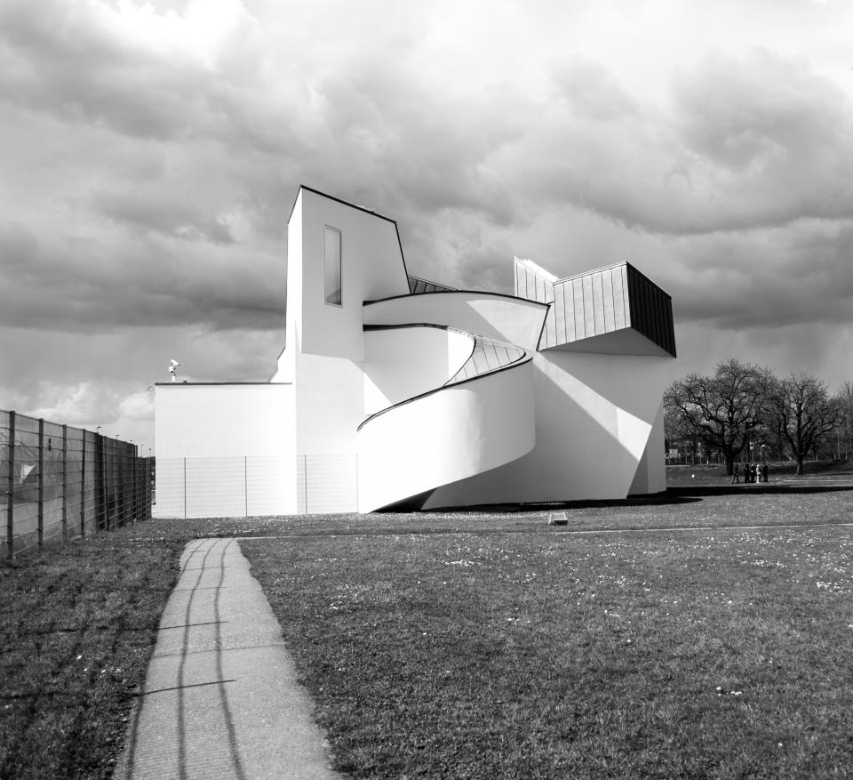 architecture building modern art structure lines linear shapes swirls patterns perspective sky