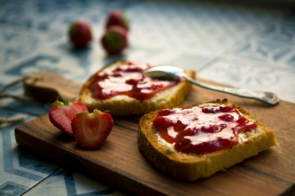 jam sandwich strawberry fork table food