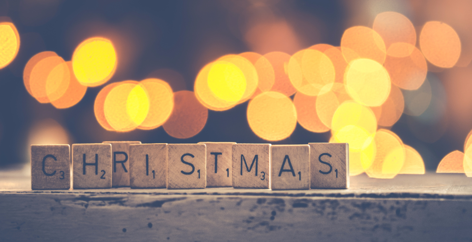 letters scrabble christmas bokeh berries table snow white decoration letters lights seasonal festive texture xmas