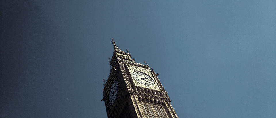 big ben london side -view uk gb great britain blue sky sky blue minimal travel architecture