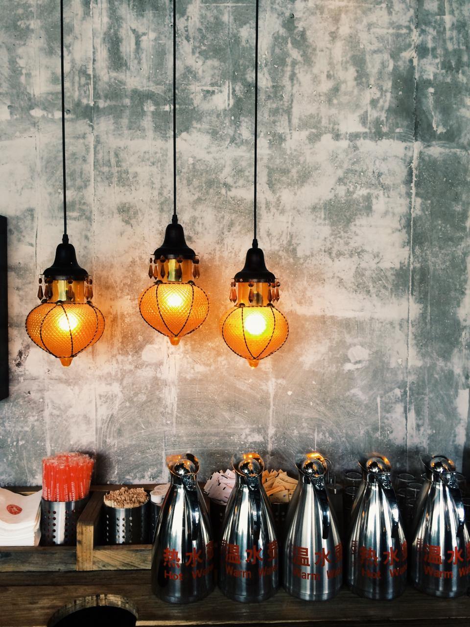 light bulb spark restaurant condiments utensils sauce store wall shop