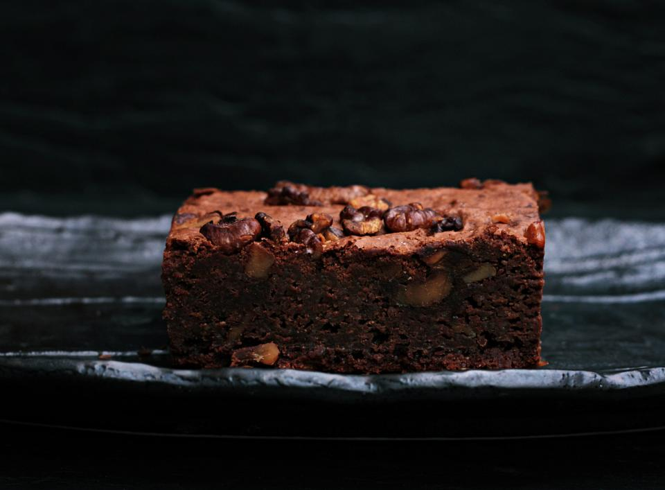 dessert food chocolate brownie sweets bake restaurant walnuts