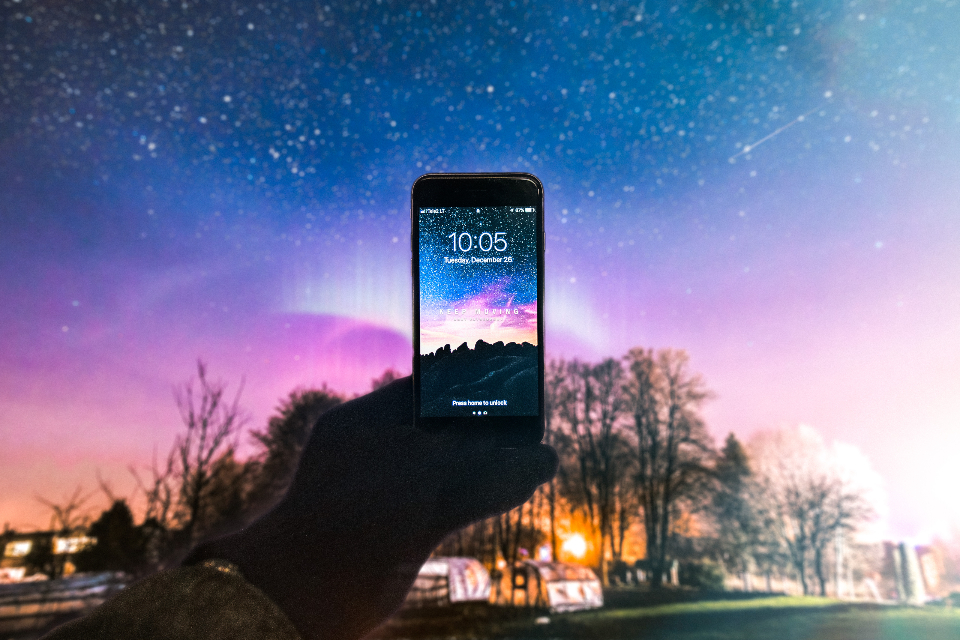 apple hand holding iphone mobile phone motivation screen smartphone technology wallpaper inspiration motivated inspired hustle keep moving gary garyvee gary vaynerchuk nature sky night milkyway night sky night sky stars landscap