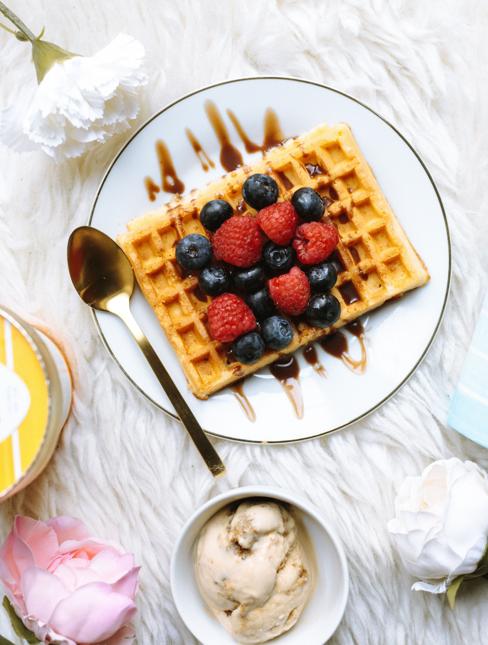 waffles breakfast berries top view food delicious syrup blueberries fresh fruit belgium plate spoon raspberry flat lay