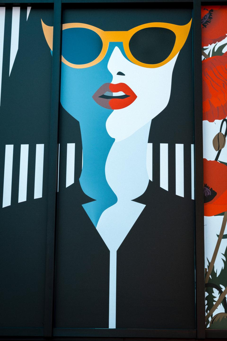 pop art girl eyeglasses wall painting