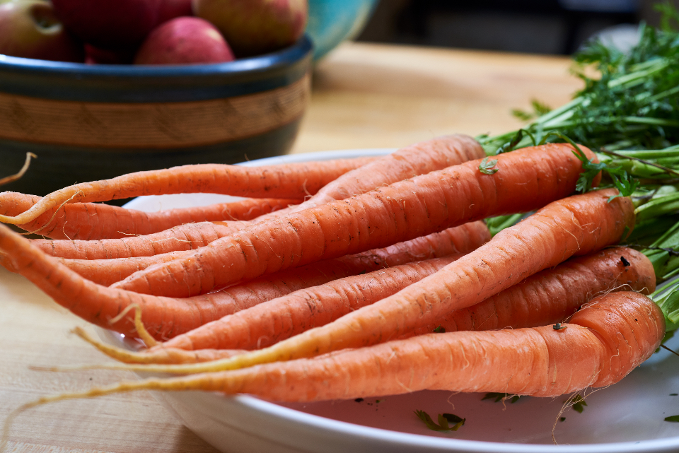 carrots ingredients cooking home homemade kitchen food edible nutrion healthy vegetable garden harvest fresh orange table organic vegan recipe farm raw