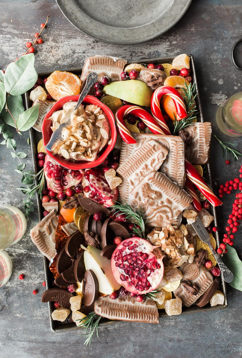 food fruits chocolates dessert sweets table candy green leaf