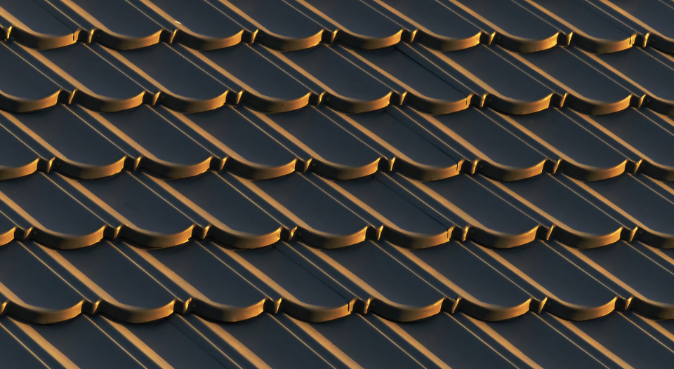 roof shingle pattern background sunlit abstract exterior detail home house shingles ceramic tile tiled material