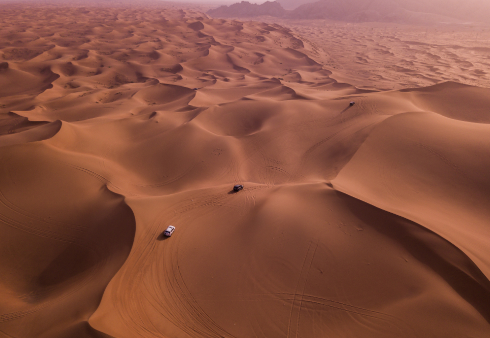 Desert Dubai cars off road likes best safari desert safari