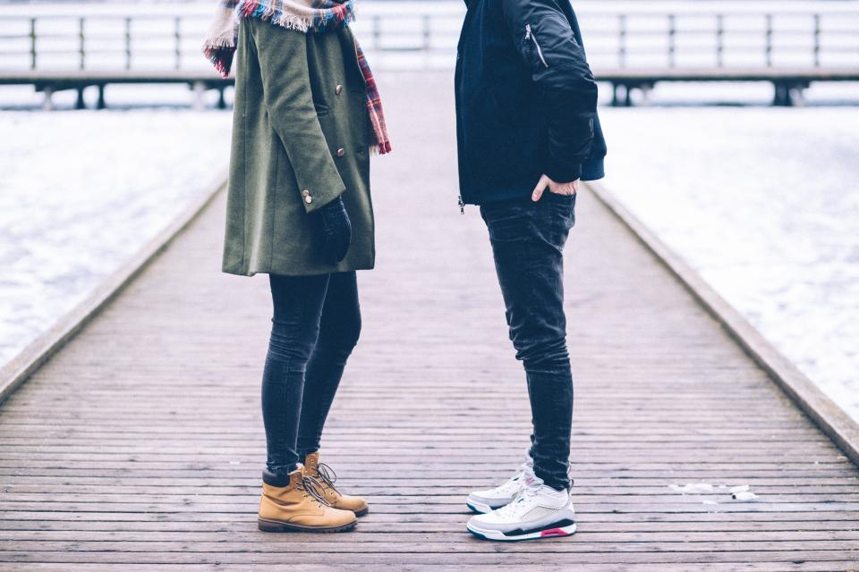 people couple shoe sneakers brown leather travel jeans