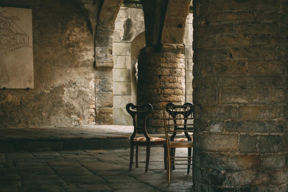 architecture pillar chairs old bricks chairs dark structure infrastructure abandoned