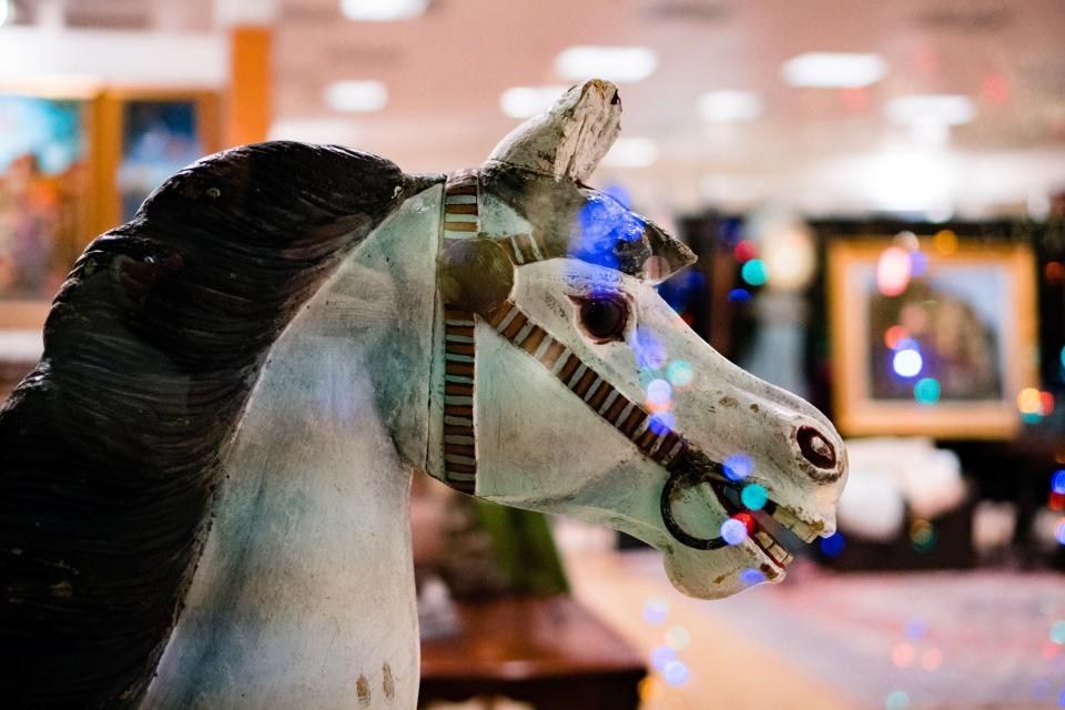 lights bokeh party celebration horse toy animal