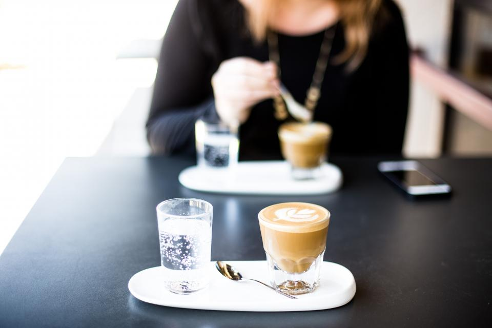 coffee latte art shop cafe plate spoon glass water phone people girl