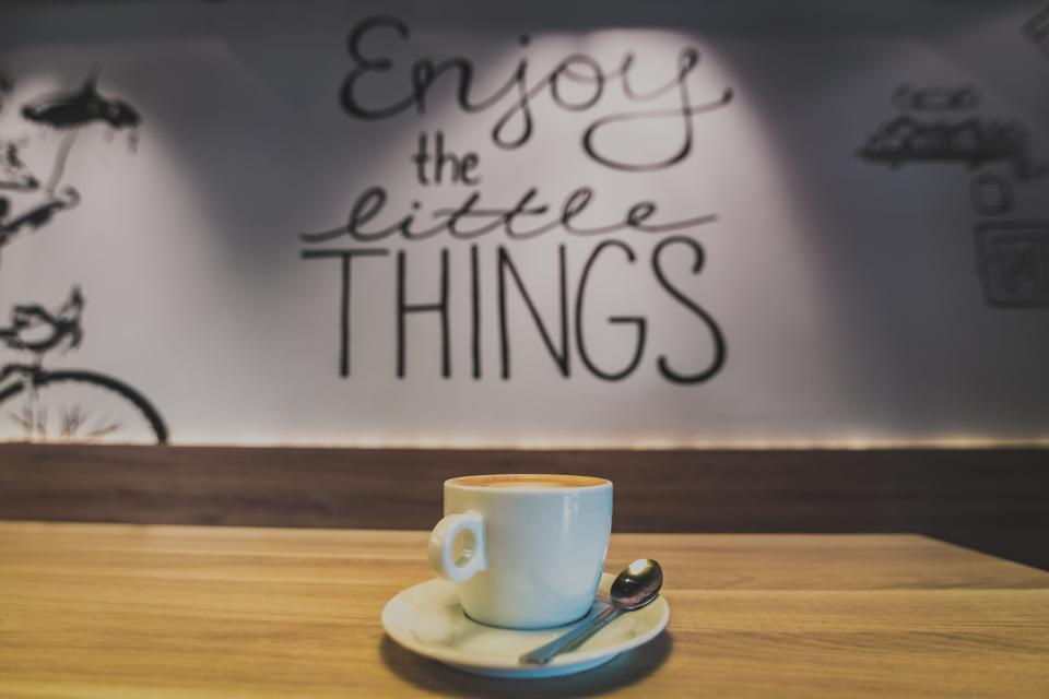 cafe coffee latte cappuccino table wall words letters